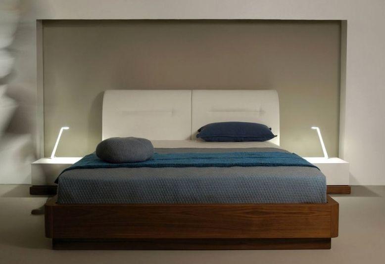 Κρεβάτι με ξύλινο πλαίσιο