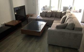 Σαλόνι γωνία με μαξιλάρια πλάτη κάθισμα