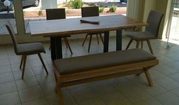 Τραπεζαρία ανάμεικτη - ξύλο με μέταλλο